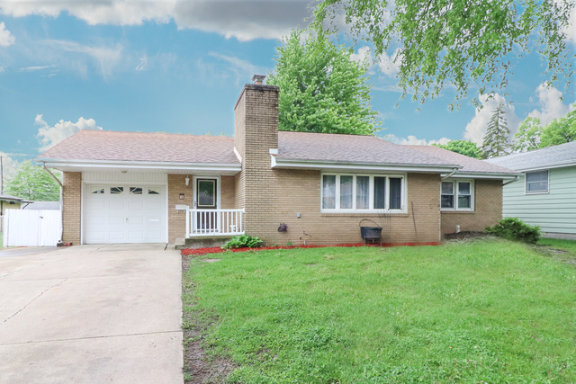 3 Knollcrest Court, Normal IL 61761- SOLD!