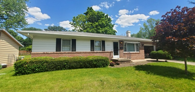 306 Highpoint Road,     Normal, IL 61761- SOLD!