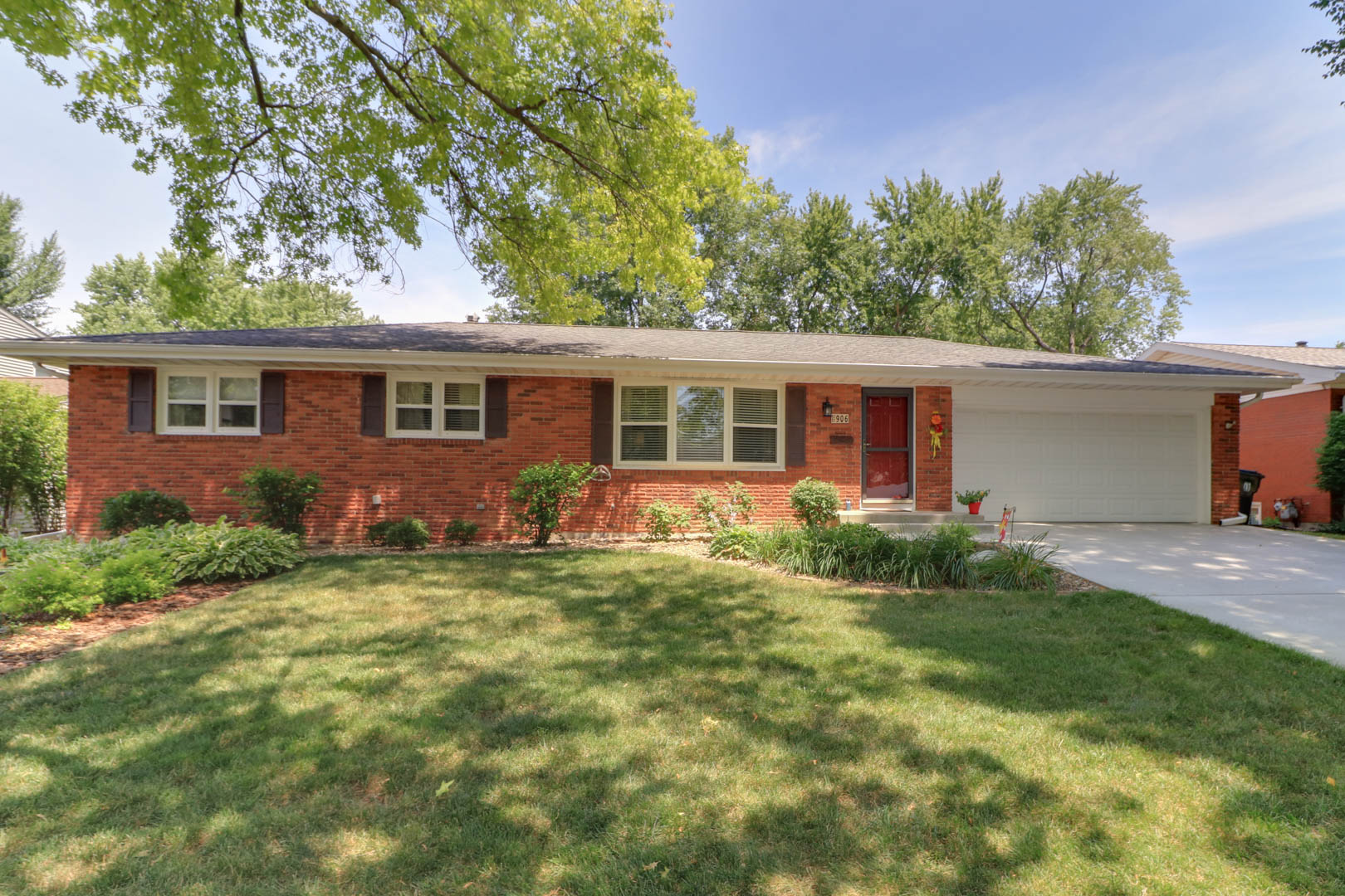 906 Hanlin Court,          Normal IL 61761- SOLD!