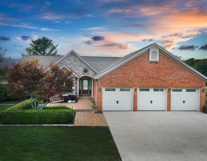 13938 N 900 East Rd, Bloomington, IL 61705 – UNDER CONTRACT!