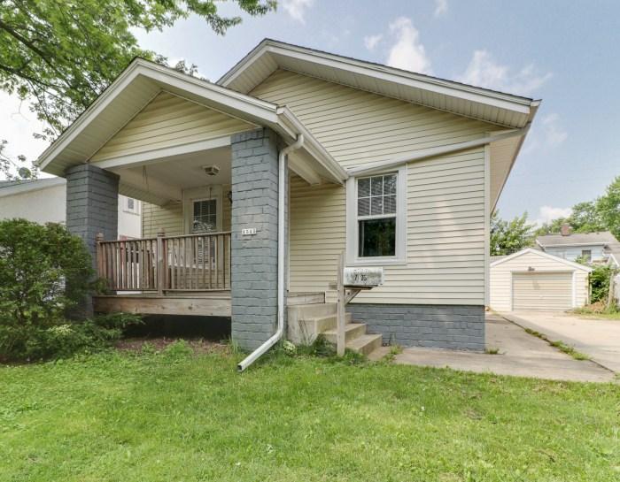 1515 Wilson St, Bloomington, IL 61701