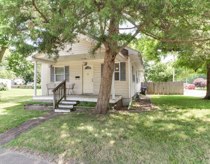 1401 Eastholme Ave, Bloomington, IL 61701