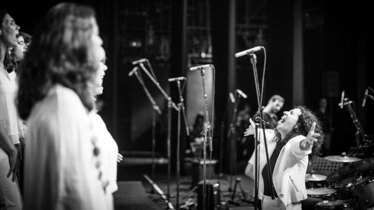 cantar-num-coro-faz-bem-a-saude-do-coracao Cantar num coro faz bem à saúde do coração Coral voz canto no tivoli