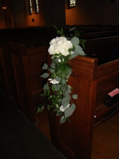 whitefloraldetail-pew