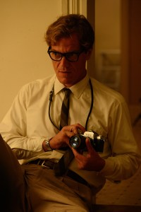 Nichols fave actor Michael Shannon cameos as a photographer.
