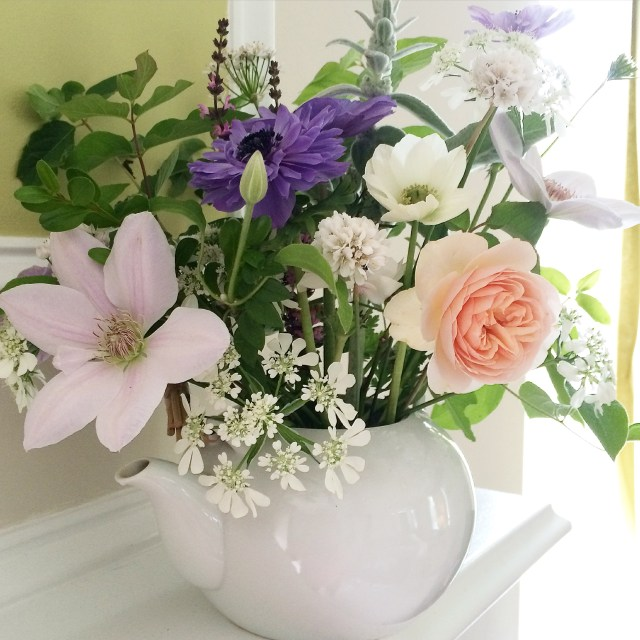 BlossomAndBranchNC-teapot