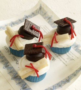 Seriously Lovely Graduation Cupcakes!