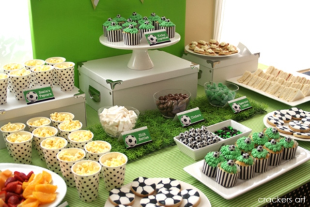 Love this amazing soccer party table