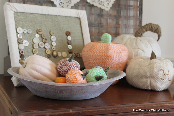 bakers twine wrapped pumpkins-this is a great idea!
