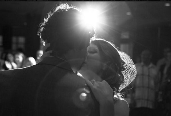 The best wedding kiss!