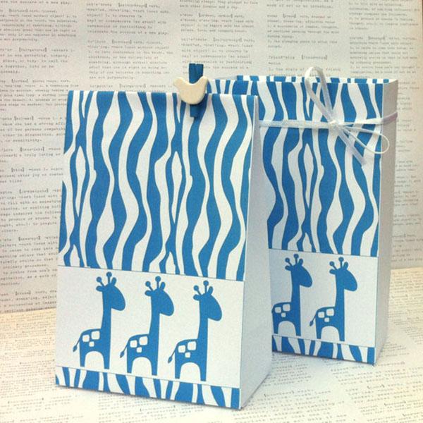 Love these safari favor bags