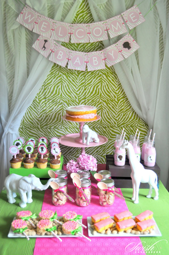 It 39 s a jungle out there with a girls safari baby shower for Baby shower party junge