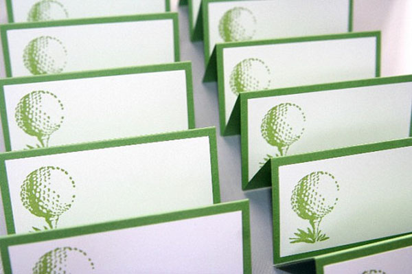 Golf place cards- Love this for a wedding or a party!