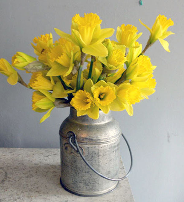 Lovely daffodil centerpieces b events