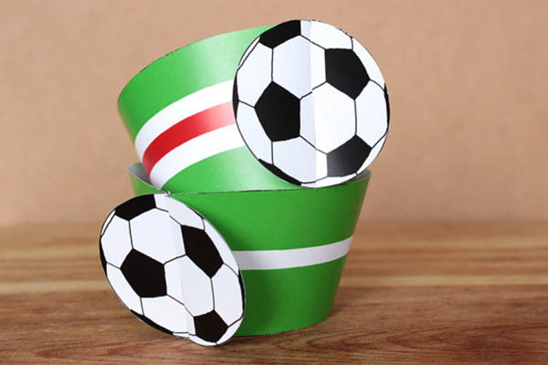 Etsy Find- Soccer Ball Cupcake Wrappers