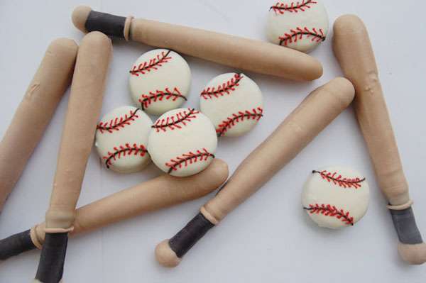 Baseball and bat pretzels and oreos- so cute!