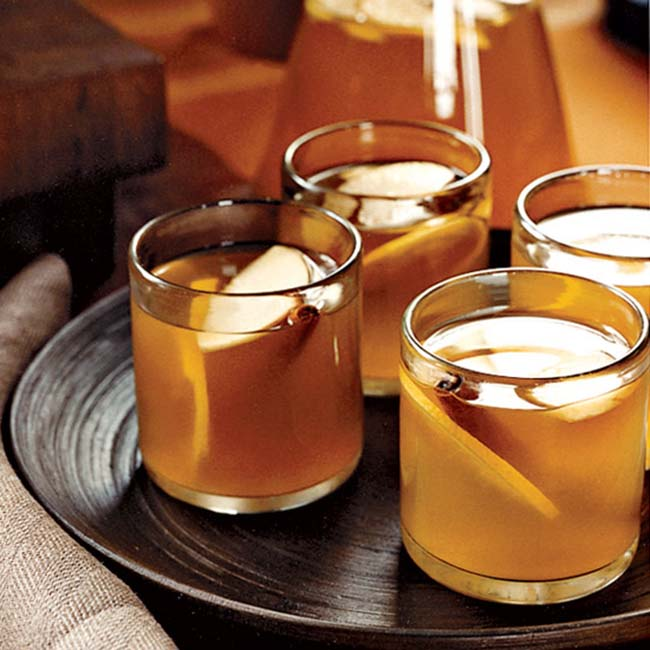 Hot Toddy Thanksgiving Drinks!