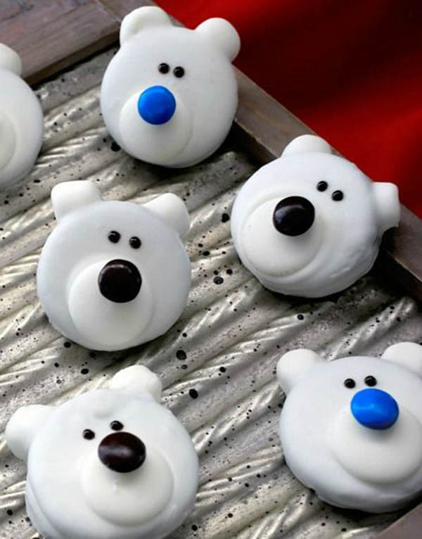 Cute as a button polar bear cookies!