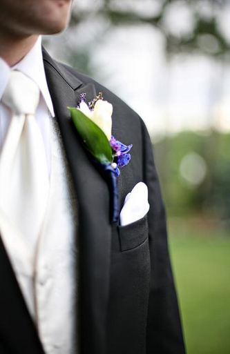 Garden themed Boutonniere
