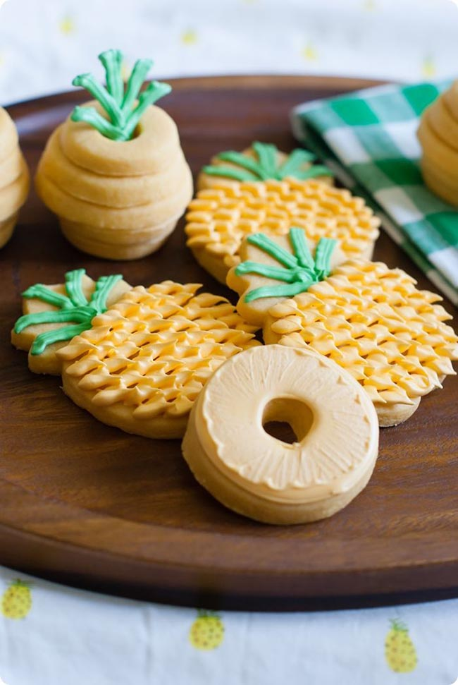Too Cute Pineapple Cookies