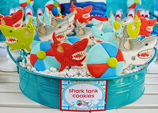 Check out these wet and wild shark cookies!