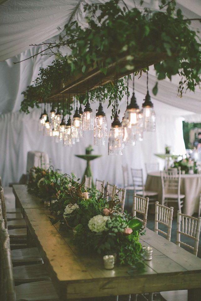 I love this amazing Woodland wedding!