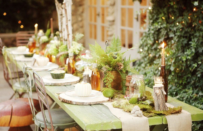 Love this fabulous Woodland Wedding tablescape