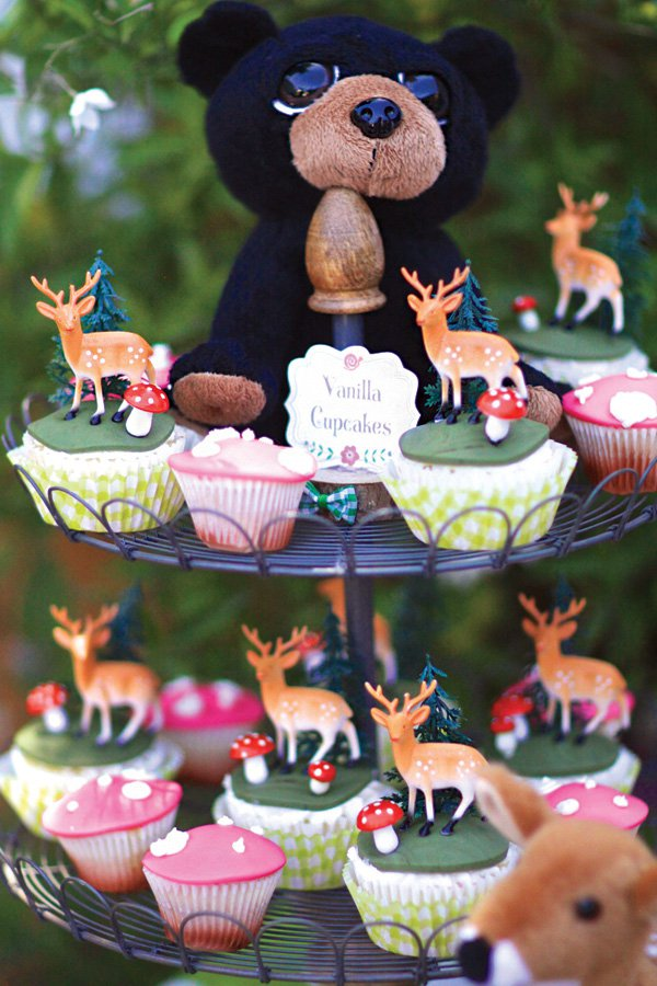 These Woodland Cupcakes are so cute!