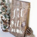 Rustic Christmas Signs We Love!