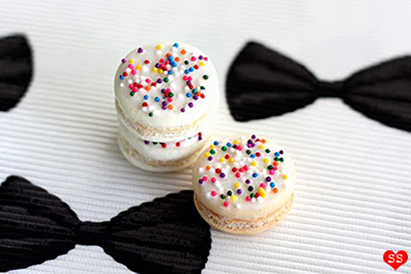 Rainbow Sprinkle Macaroons-So Cute! See More Ideas for Rainbow Sprinkle Treats On B. Lovely Events