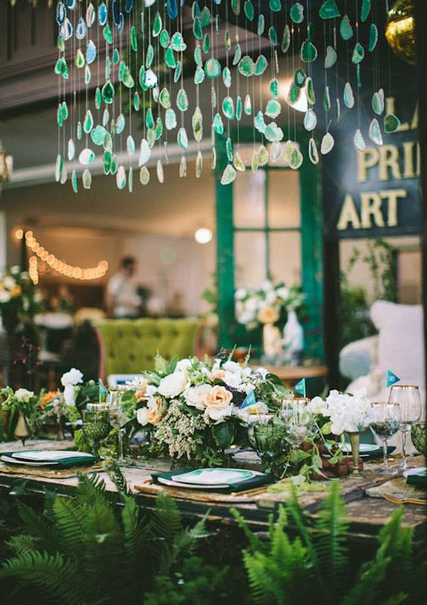 Lovely Geode Table Inspiration - See more amazing party trends for 2016 at B. Lovely Events!