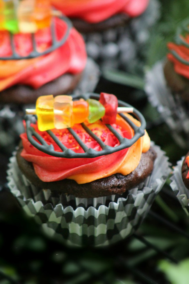 Father's Day Grill Cupcakes -See more Grillin Father's Day Ideas On B. Lovely Events!