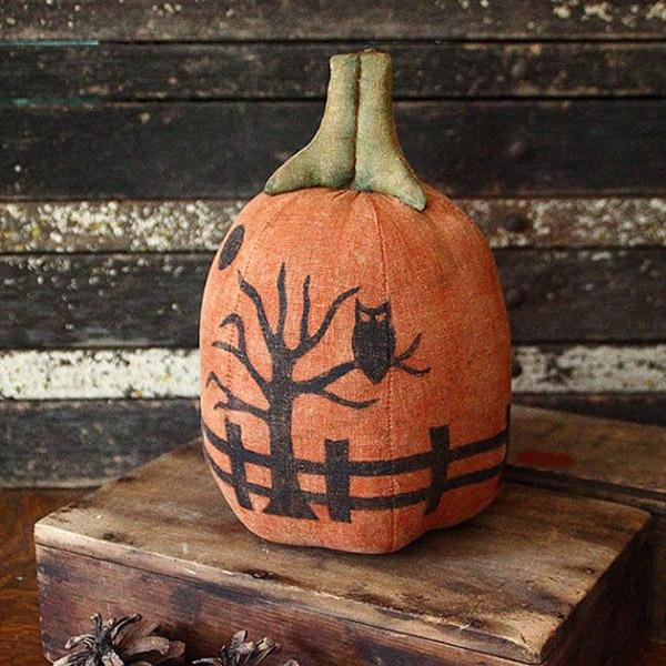 Such a cute silhouette pumpkin