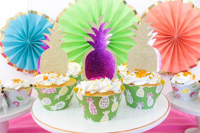 Summer Party Cupcakes DIY With Cricut - B. Lovely Events