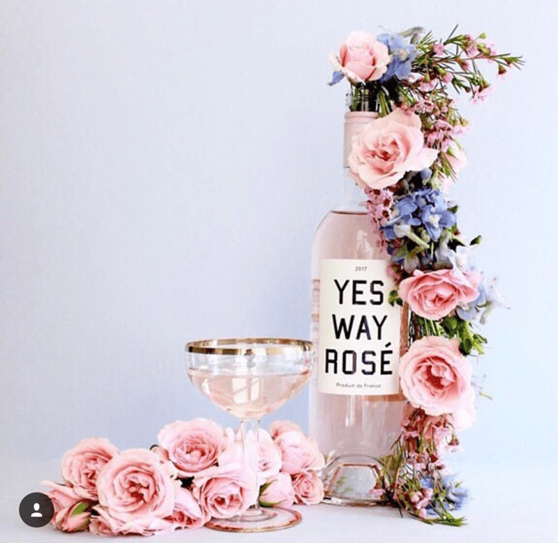 I love all things Rosé ! - See our favorite Rosé Party Ideas on B. Lovely Events!