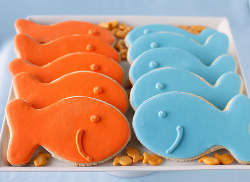 DIY fish sugar cookies- have to have for a pool and beach party
