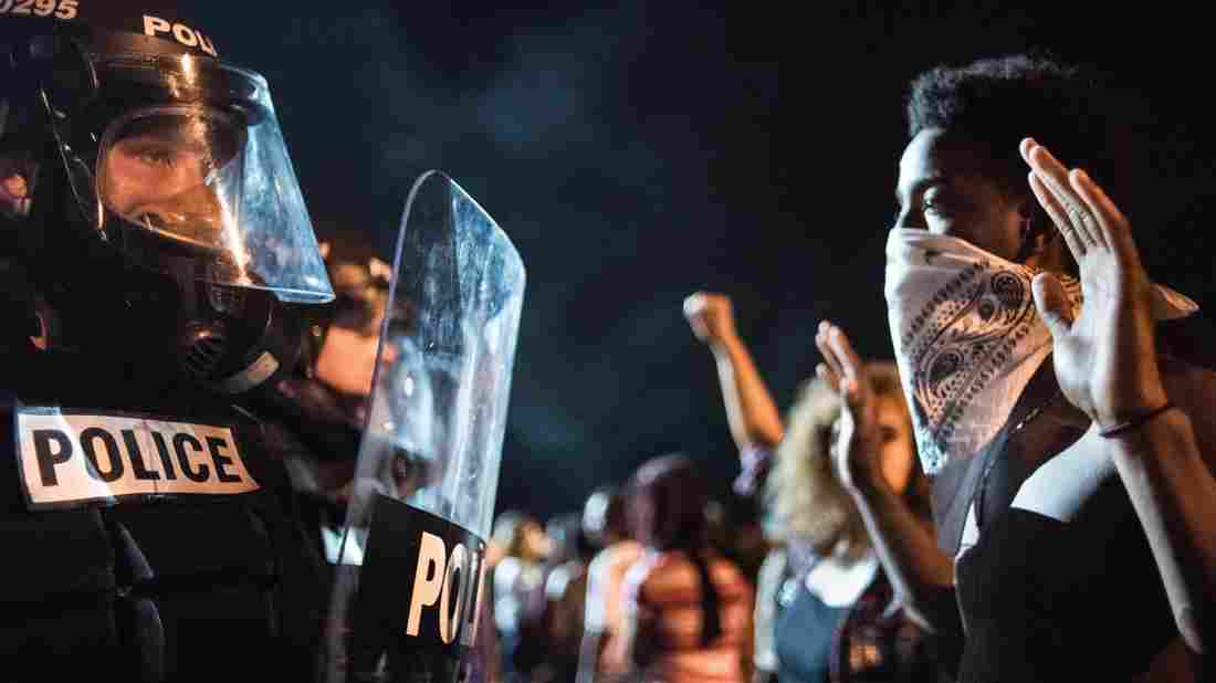 charlotte-nc-riots-hands-up-dont-shoot