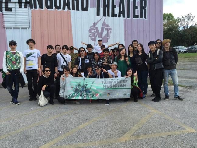 德州當地華僑另行舉辦的演唱會,除了有其他前輩傳授經驗,在地同胞也提供諸多幫助!