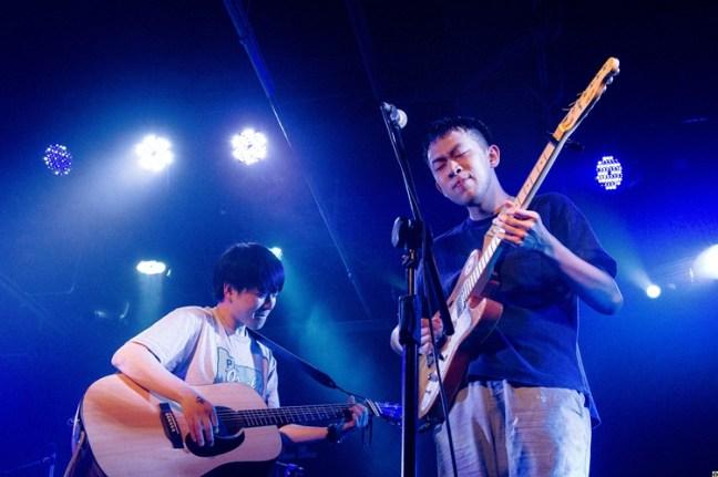 徐子與 Homecomings 吉他手福富優樹。(照片提供:DSPS)