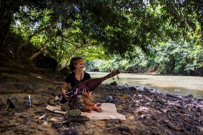 小島大歌演出音樂家:馬來西亞砂勞越 Alena Murang