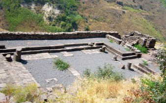 An overhead view of Gamla's synagogue. This city does not feature in any New Testament stories, but there is a line that tells us that Jesus preached in all the synagogues in the area, one of which would have been this one.