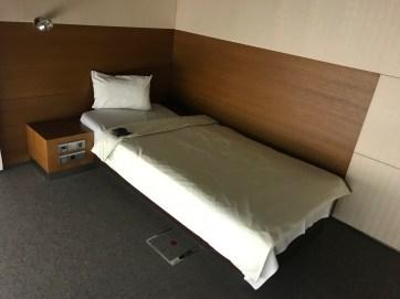 Lufthansa FCT Sleeping Room Bed
