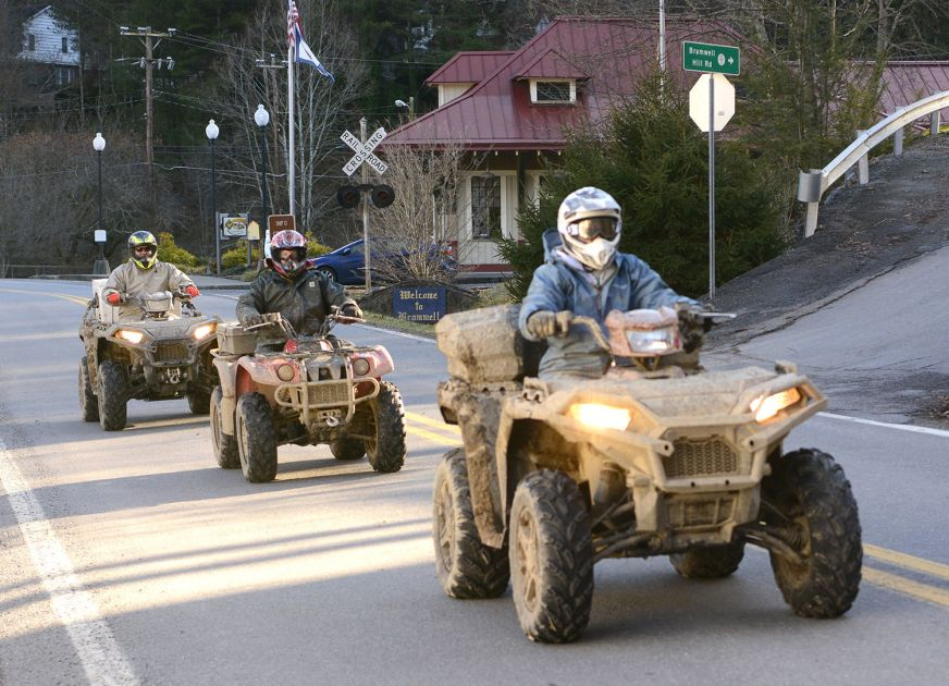 Keeping Riders On The Trail Bill Imposing Possible 1k Fines For Trespassing Atvs Moves To Senate News Bdtonline Com