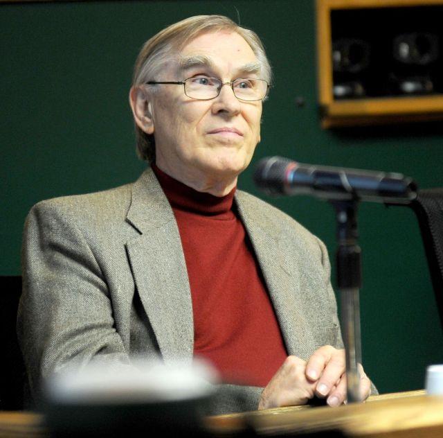 Kenneth Crouch