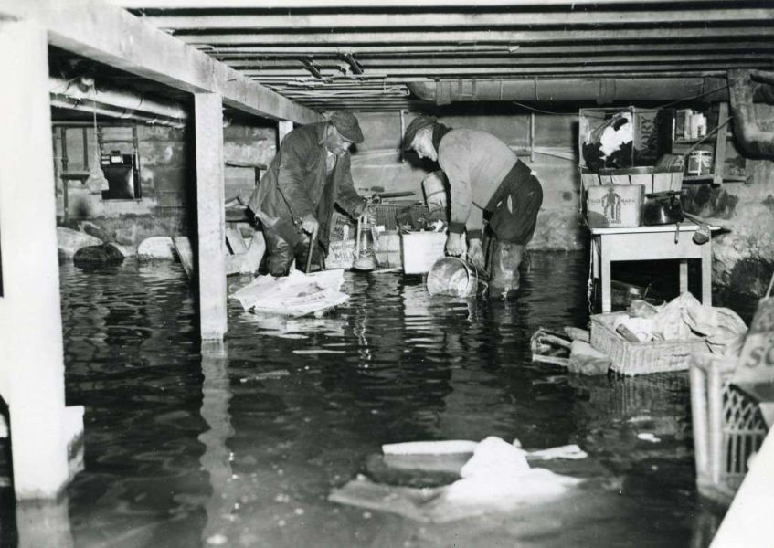 Great Hurricane of  38 Took Residents by Surprise   HISTORY         the Byram River after the great hurricane of 1938 brought  80 mile an hour winds and a tidal wave to Greenwich shores leaving  devastation in its wake