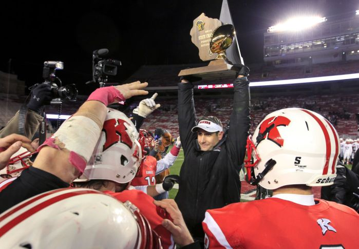 WIAA State Football Kimberly Strikes Early Often To Shut Down Hartland Arrowhead In Division 1