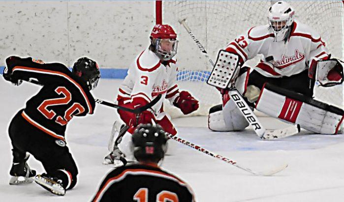 WIAA Boys Hockey Big Eight Champion Middleton Uses Team
