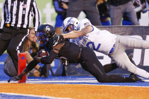 LIVE BLOG: Bachmeier, Boise State score late in third to take 17-13 lead on Air Force