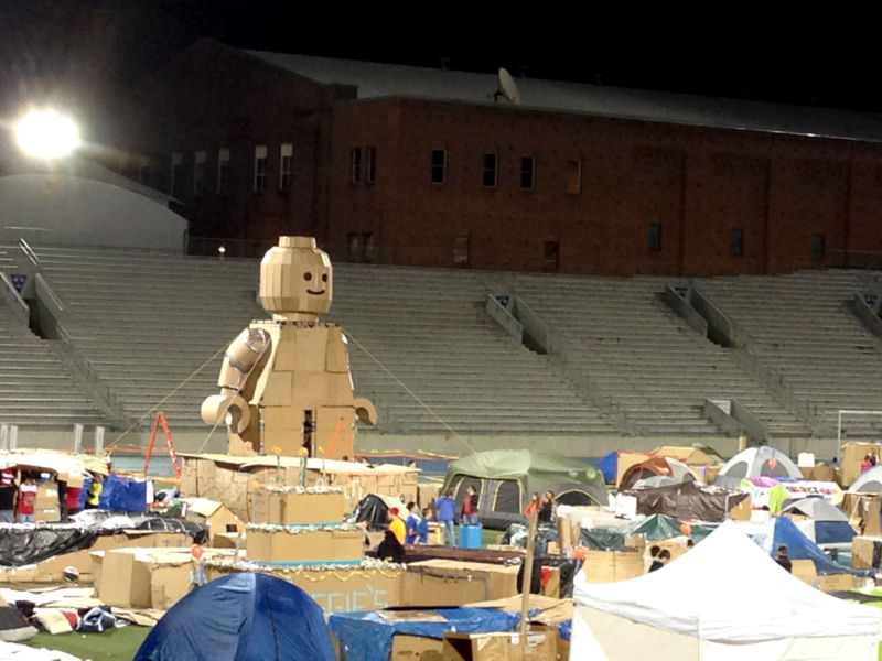 ISU Students Build 28 Foot Tall Lego Man Out Of Cardboard To Raise Homeless Awareness News