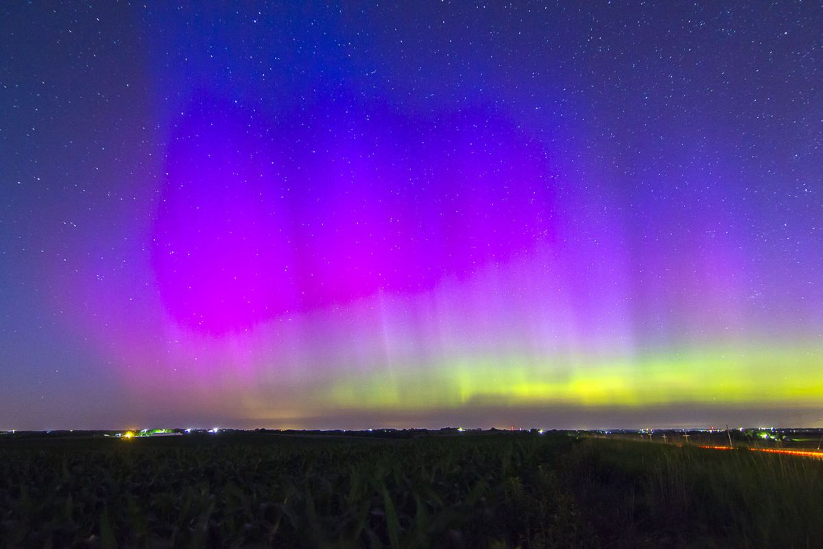 Northern Lights Chicago Tonight